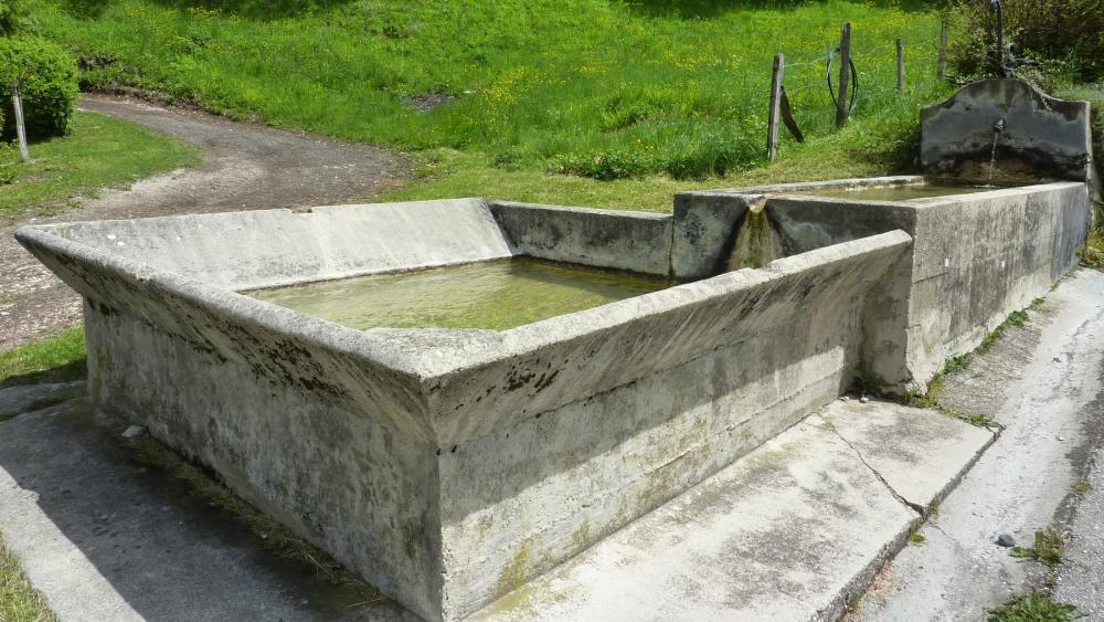 Fontaine de monthoux 2 kl